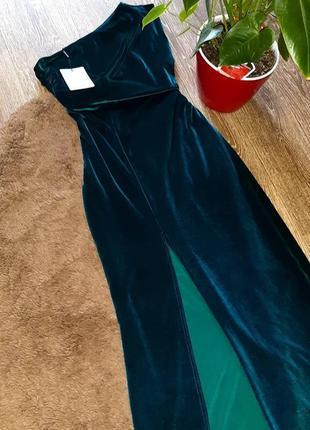Вечернее платье prettylittlething