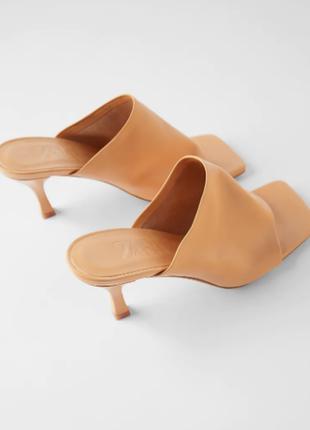 Мягкие кожаные босоножки туфли-мюли zara зара