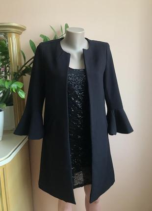 Фирменный удлинённый пиджак, плащ без застёжки h&m воланы на рукавах xs, s