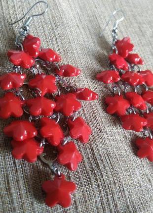 Красные серьги висюльки