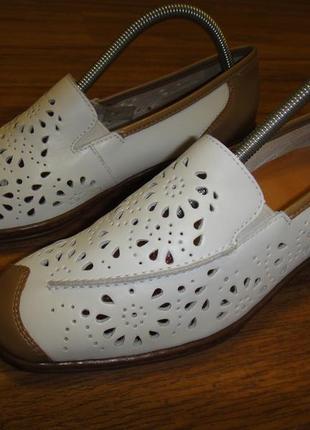 Кожаные, мягкие туфли, балетки, босоножки женские bata р. 36-37 (24 см)