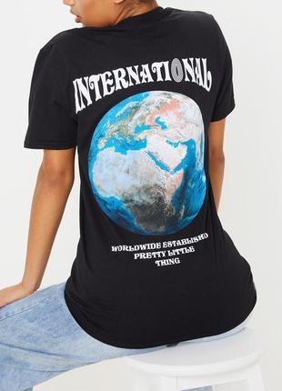 Prettylittlething.товар из англии. эффектная футболка с яркими неоновыми красками.