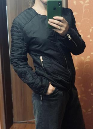 Легкая осенне весенняя куртка