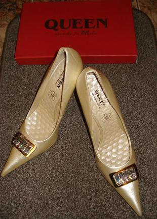 Cвадебные вечерние кожаные туфли бренд queen