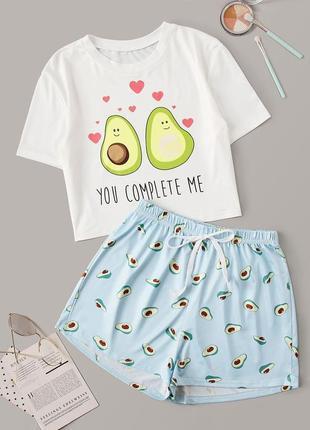 Домашние комплекты пижамок влюбленые авокадо и пончики