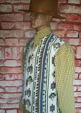 Жилет в этническом стиле винтажный