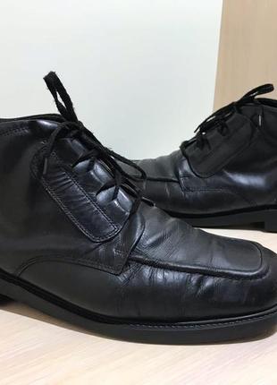 Мужские кожаные ботинки armando