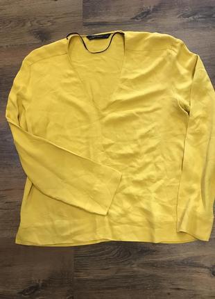 Красивая желто -горчичная блуза зара