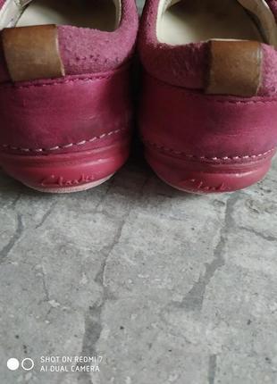 Шкіряні туфлі, мокасіни clarks5 фото
