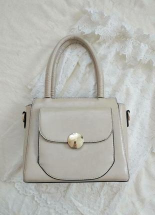 Базова сумка