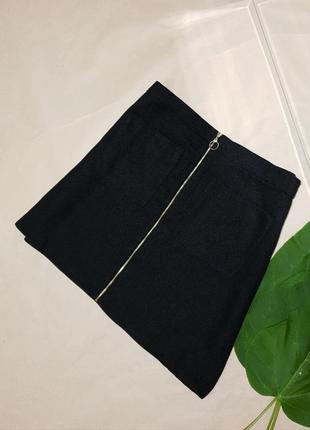 Фирменная чёрная юбка на молнии с кольцом 😍