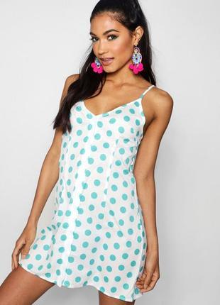 Легкое летние платье boohoo
