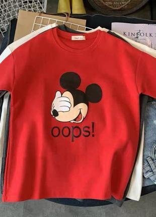 Красная футболка оверсайз