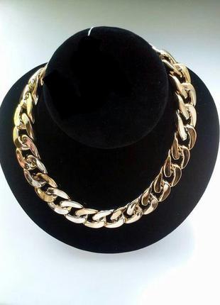 Ожерелье золотистое цепи