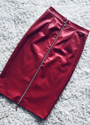 Крутая юбка-футляр