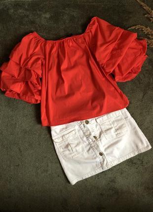 Блуза з об'ємним рукавом