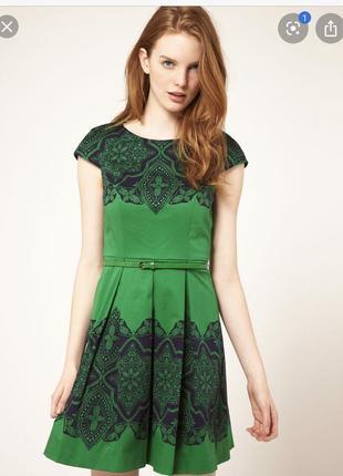 Яркое зеленое платье нарядное oasis