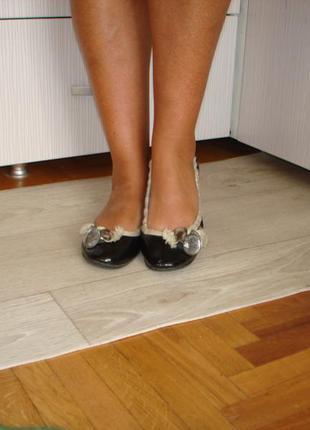 Кожаные туфли балетки sasha