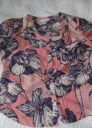Легкая блузка на пуговицах