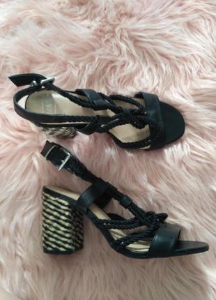 Босоножки на широком каблуке с канатами веревками со шнуровкой из каната черные эспадрильи