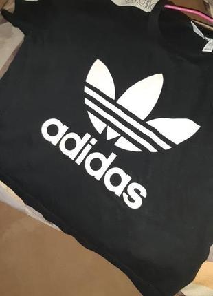 Топ adidas оригинал