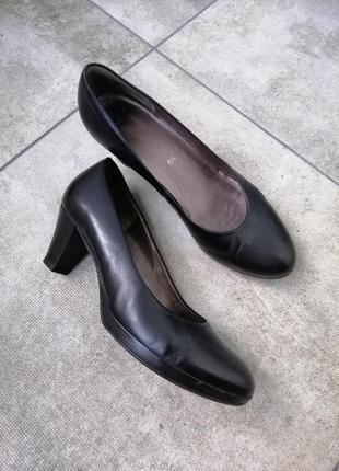 Туфлі gabor натуральна шкіра розмір 38.5