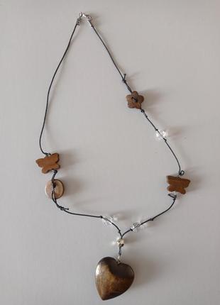 Красивое ожерелье подвеска сердце дерево.