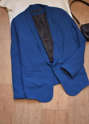 Zara синий пиджак блейзер жакет прямой без пуговиц с воротником стильный легкий