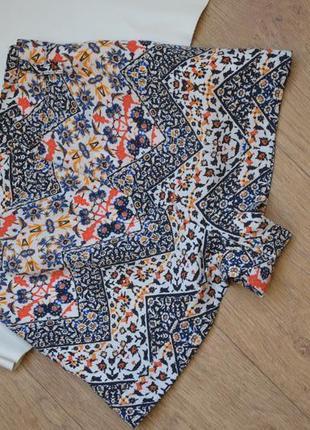 Короткие шорты с высокой посадкой с орнаментом topshop с карманами принт легкие на змейке