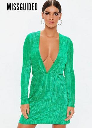Плиссированное платье с длинными рукавом под вельвет missguided