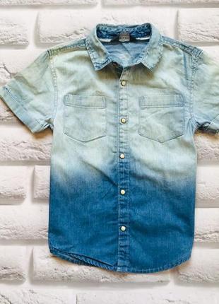 Primark стильная джинсовая тенниска на мальчика 4-5 лет