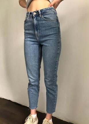 Mom джинси з необробленими краями