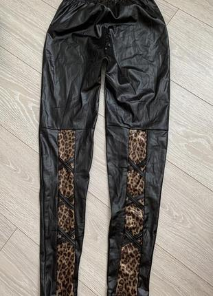 Лосины леггинсы под кожу чёрные леопард