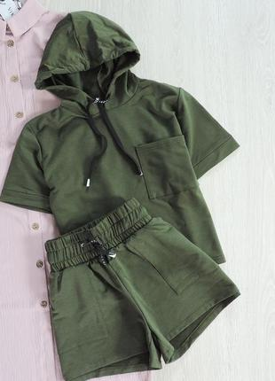 Трикотажный костюм (кофта +шорты)