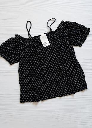 Блуза h&m  топ с открытыми плечами футболка