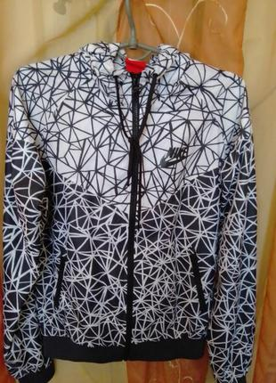 Куртка ветровка женская nike windrunner оригинал