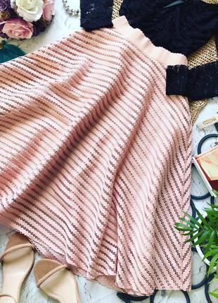 Очень красивая юбка миди от фирмы river island