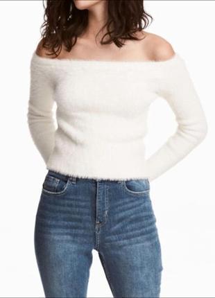 Трендовый мягкий пушистый свитер топ по плечам