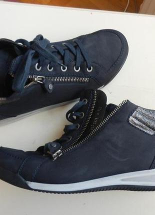 Кожаные деми ботинки ara 6,5р 26см
