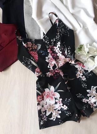 Ромпер в цветы/цветочный select