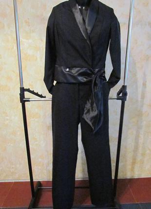 Шикарный брючный костюм р. 44-46 германия
