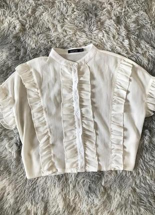 Кроп топ в рюши укороченная блуза