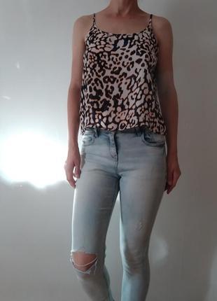 Легкая блуза с открытой спинкой