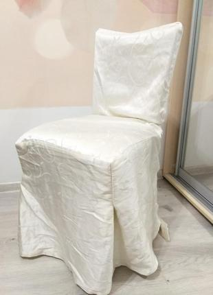 Чехол на стулья.