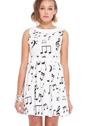 Летнее платье romwe с музыкальными нотами