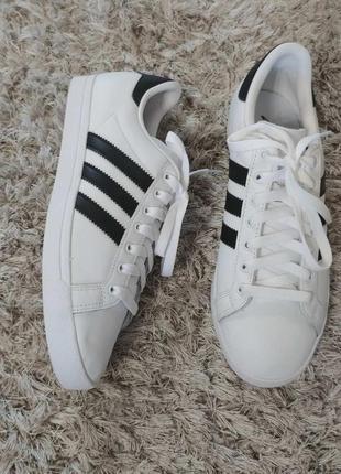 Оригінал. кросівки adidas р.39.