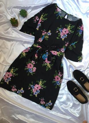 Сукня в квіти з поясом/ плаття / платье в цветы с поясом