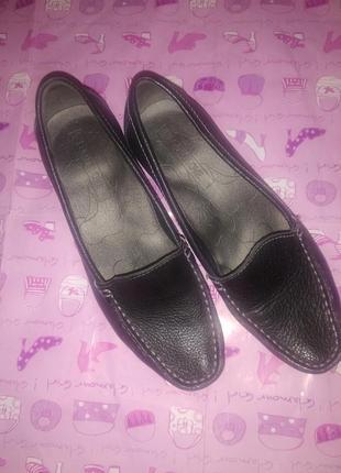 Кожаные черные туфли - макасины на маленьком каблучке footglove