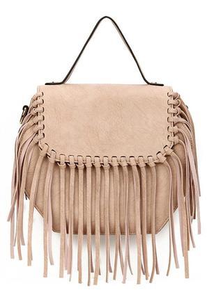 Пудровая сумка с бахромой