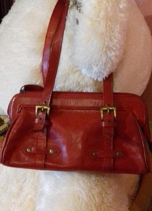 Кожаная маленькая сумочка